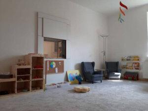 hlavní místnost_čtecí koutek